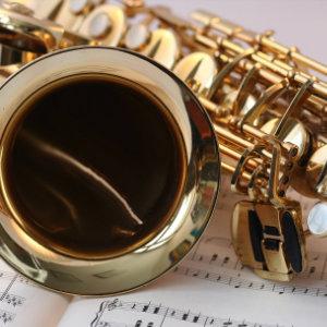 Orgel und Saxofon